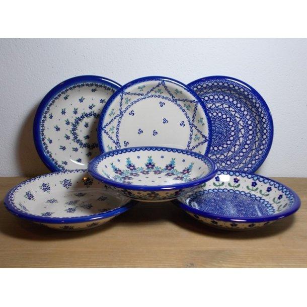 6 blandede dybe tallerkener blå nuancer 22 cm.